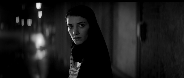 """Ana Lily Amirpour's Iranian vampire movie """"A Girl Walks Home Alone at Night"""""""