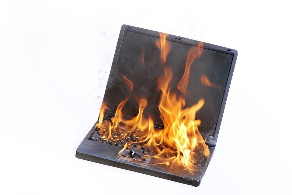 laptop-1895382_960_720